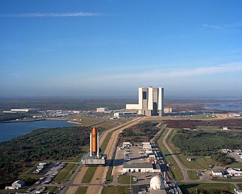 Sts 36 Rollout at Kennedy Space Center