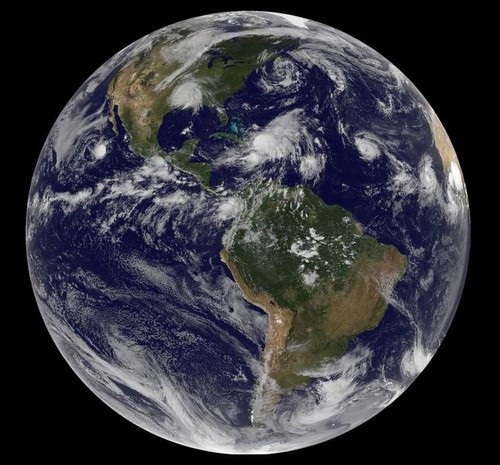 Photo of the entire world from Space