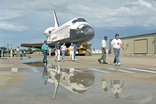 STS-64 Rollover - Discovery