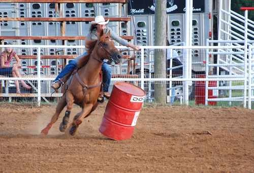 Barrel Racing Photo - Cowgirl