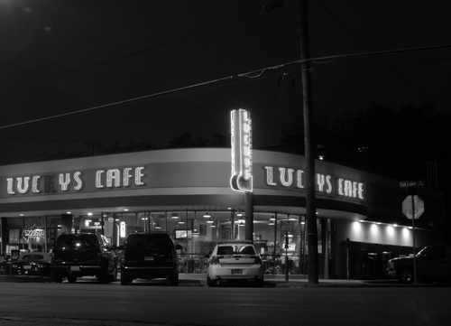 Front View of Lucky's Cafe in Dallas, Texas