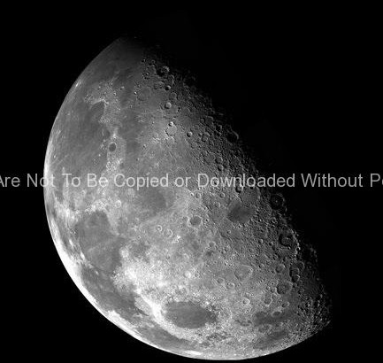 The Moon's North Pole GPN-2000-000473