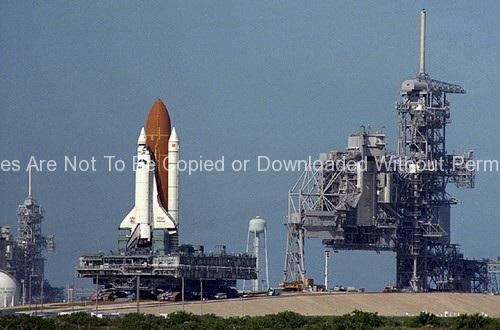 STS-61 Roll-Around – Endeavour GPN-2000-000757