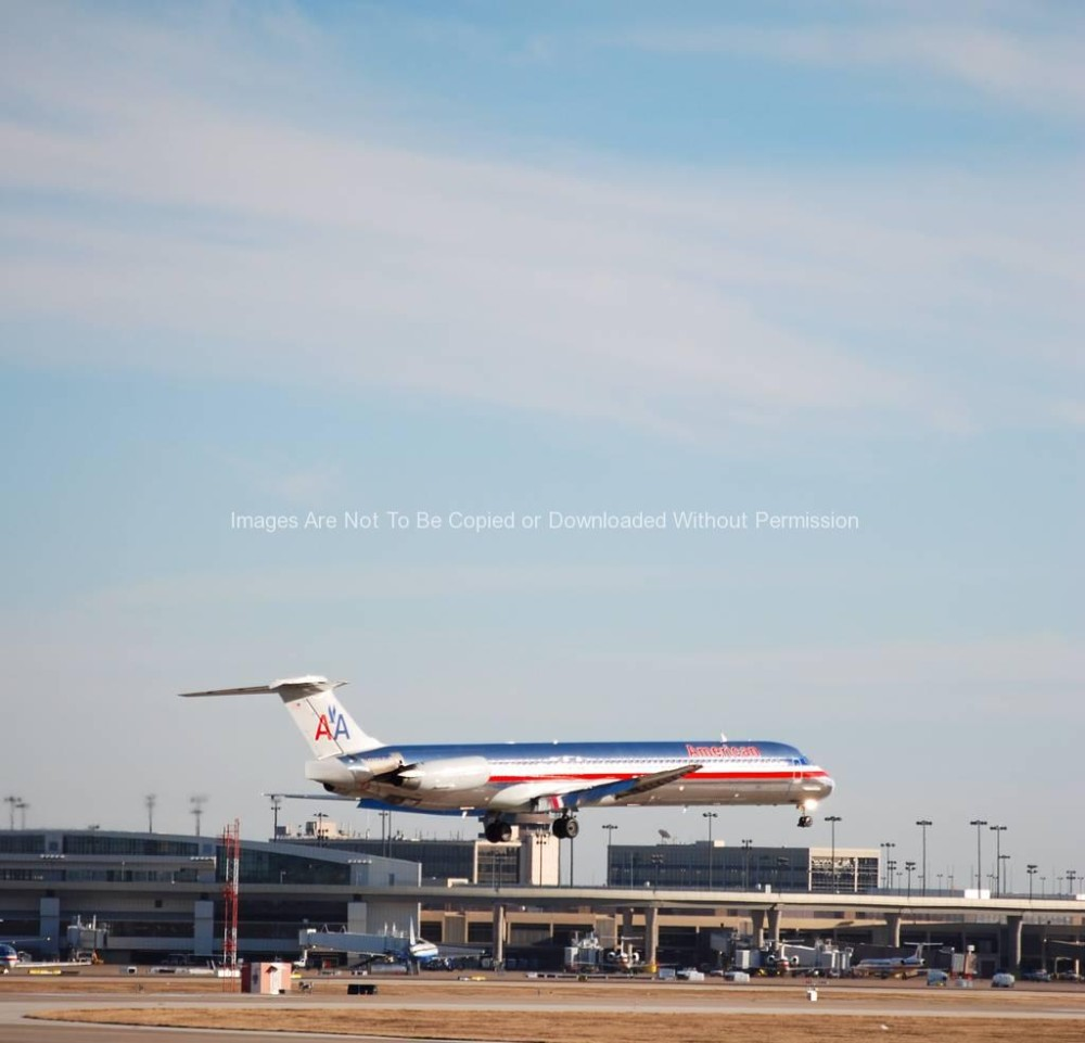American Airlines Jet Landing at DFW Airport